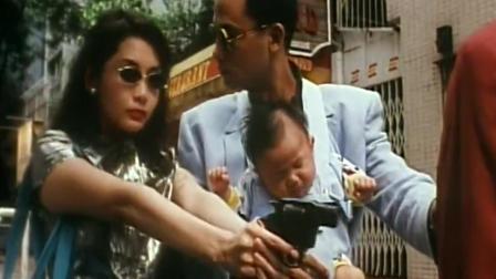 任达华和邱淑贞在饭店没钱只能点扬州炒饭吃, 还想打劫别人