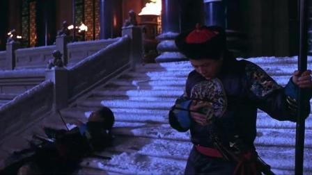 成龙经典影片《皇家威龙》: 玉玺保护遇袭, 皇权象征的玉玺丢失