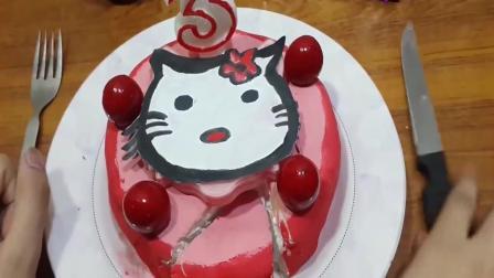 牛人吃生日蛋糕? 连蜡烛也不放过! 创意假吃, 请勿模仿