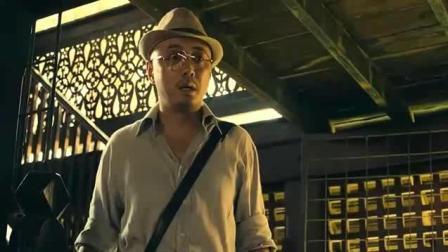 泰囧 据说王宝强拍这段时笑场了, 导演觉得好没删才成就了经典