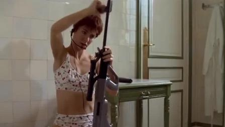 这样的顶级女杀手枪法极其狠毒! 快速组装突击步枪, 迅猛击杀目标