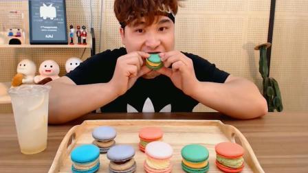 韩国大胃王胖哥, 吃网红美食马卡龙, 网友: 看他吃就不想买了