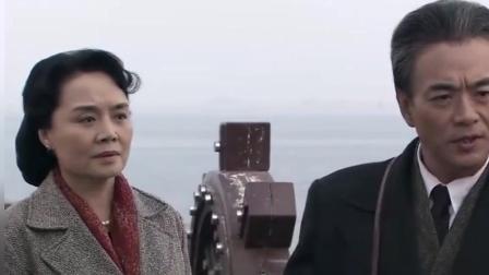 东方: 伟人特地打电话给司令, 要他派人去香港接一个人回国!