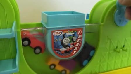 超萌创意玩具: 见过托马斯火车, 但是这又是什么玩具呢?