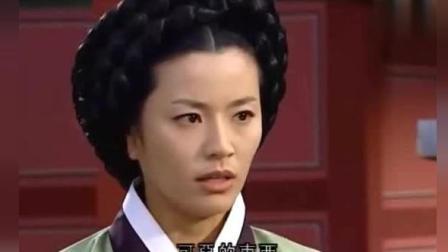 大长今: 长今这次真是立了大功, 连一向挑剔的崔尚宫都为她讲话了!