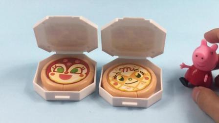 小猪佩奇到面包超人的披萨店买披萨