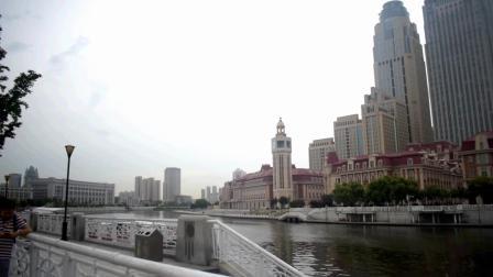 实拍天津的津湾广场, 这建筑直逼一线城市, 太繁华了