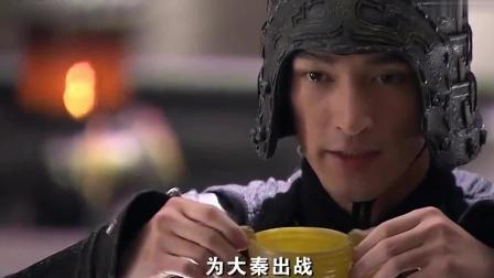 敢欺负玉漱, 就算皇帝在场小川也照样开打, 赵高一脸贼兮兮的笑!