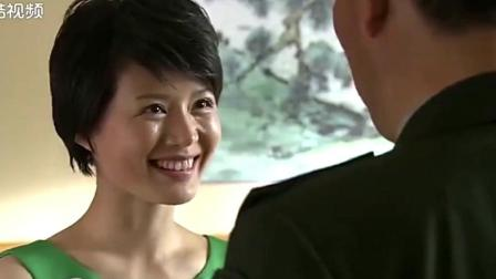 女特种兵回家, 想偷袭做战区副司令的父亲, 司机一招就制服了她!