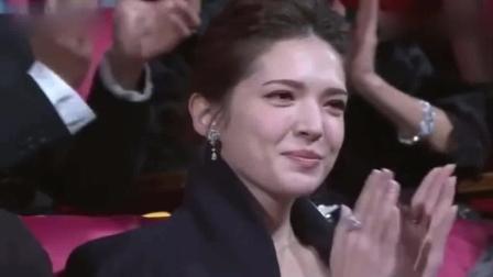 由黄渤的金马奖颁奖典礼, 就一定会有笑料, 现场绝对不会冷场
