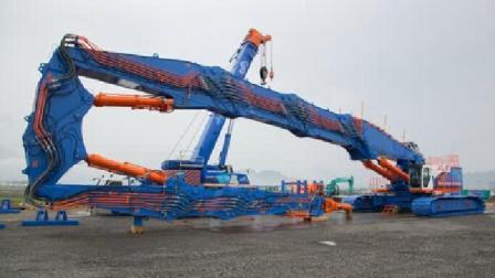 日本打造拆楼神器, 臂长65米重327吨, 拆钢筋如同剪面条!