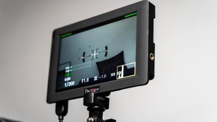 每个UP主都应该有个监视器 | 艾肯HH7监视器