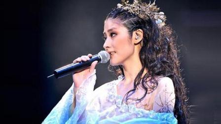 陈慧琳演唱的一首《星梦情真》, 现场版好惊艳!