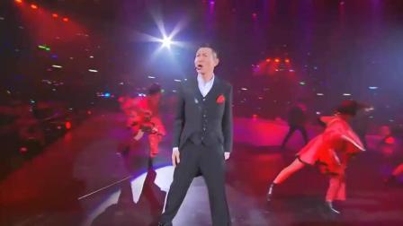 谁还说华仔不会跳舞, 很有节奏感, 刘德华这段舞蹈, 彰显天王风采
