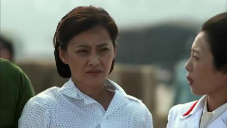 父母爱情: 安杰接亚宁亚菲吃醋, 见江昌义也来了安杰心情极差