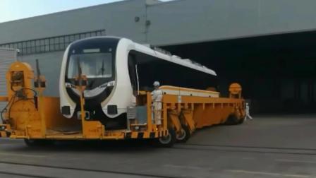 地铁列车生产车间, 生产出来一辆4000万的地铁列车好久依然放置