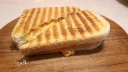谁说印度没有美食? 孟买超级芝士三明治看着就好吃!
