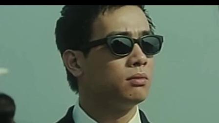 古惑仔: 陈浩南落魄街头无人肯帮他, 多亏山鸡从台湾赶回来, 这才是兄弟