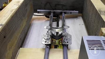 牛人用旧零件自制升降钻台, 这是个高手, 看着都觉得实用