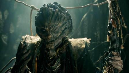 百年怪兽练成入梦之术, 可以随意进入别人梦中! 一部魔幻武侠电影