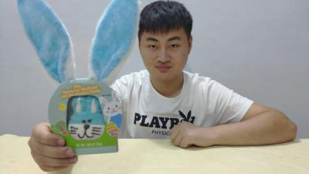 试吃小兔子棉花糖, 蓝色的小兔子发箍好可爱啊, 你们舍得吃吗?
