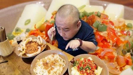来成都一定要吃的4样小吃! 比筷子还粗的面条, 人均不到10元!