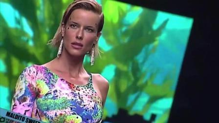 MalditoSweetswimwear迈阿密时装周比基尼秀, 模特走秀, 气质跟贵妇人一样!