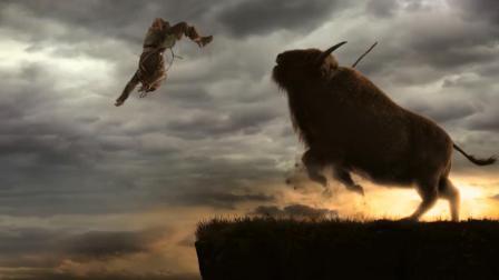 2万年前, 冰川时代, 父亲带着儿子去打猎, 被凶猛的牛给直接撞飞!