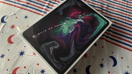 苹果新款11寸iPad Pro开箱