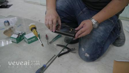 玻璃师傅如何安装玻璃门与地锁