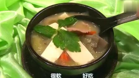 蔡澜叹美食: 猪肉汤直接喝, 在日本吃东西的时候要调羹需等好久!
