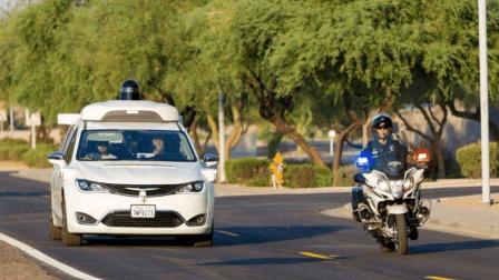 买车别那么心急, 谷歌无人驾驶汽车开始商用, 无人驾驶时代到了
