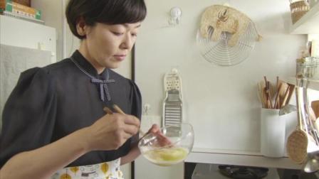 最暖心的煎蛋视频! 看了好多遍, 很治愈! 来自电影《面包和汤和猫咪好天气》