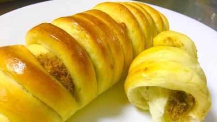 肉松沙拉面包卷的做法, 任性的卷一大堆肉松在里面