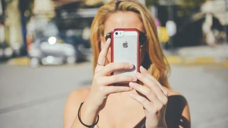用苹果手机的就一定是无房无车的吗? 用华为的就一定是成功人士吗?