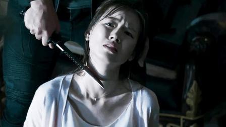绑匪要用她换直升机, 要是你, 你要她还是直升机?