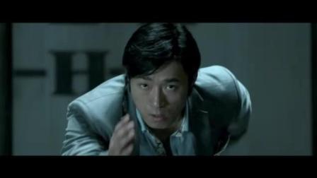 这部电影号称亚洲20年来最狠功夫片, 主演只服李小龙