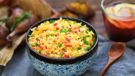 蛋炒饭怎么做才能简单又好吃? 3分钟包你学会!
