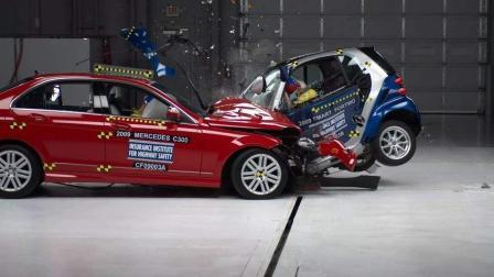 一定要看! 用碰撞数字告诉你, 轿车和SUV哪个更安全-视知车学院