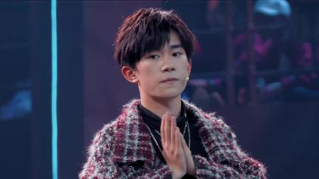 就是你们要的幕后,罗志祥带伤拍MV,易烊千玺吃特殊元宵