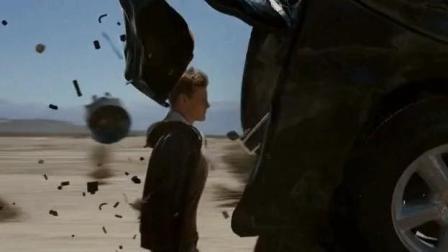 魔鬼山历险记: 外星人的超能力真是酷爆了
