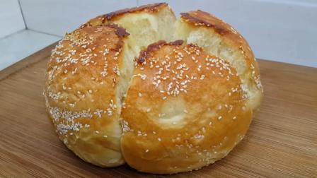 面粉最好吃的做法, 不用黄油, 不用烤箱, 也能做出拉丝面包, 超棒