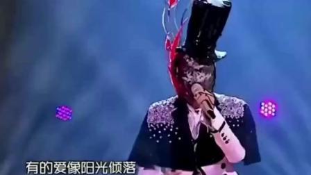 汪苏泷一首《追光者》征服观众, 长的帅还有才, 唱歌还好听, 堪称完美