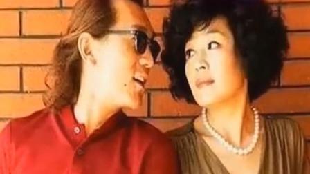 李咏去世了令人痛惜, 说到他的葬礼细节, 更是令人泪目