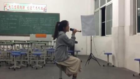 高三学生课间翻唱《光年之外》, 台下观众都听醉了, 这才是天籁!