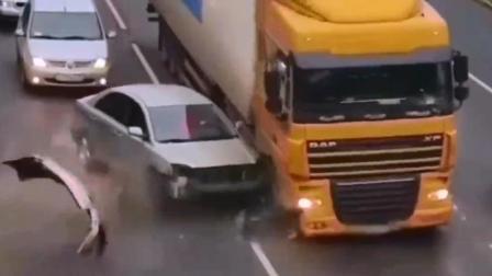 车祸猛如虎, 谨慎驾驶! 国内车祸事故集锦12月1日