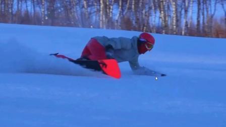 一鹤领滑 单板刻滑中的微反转