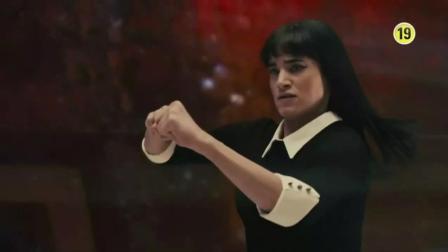 特工电影中, 这是唯一被众多人喜欢的女大反派, 漂亮, 帅, 强悍