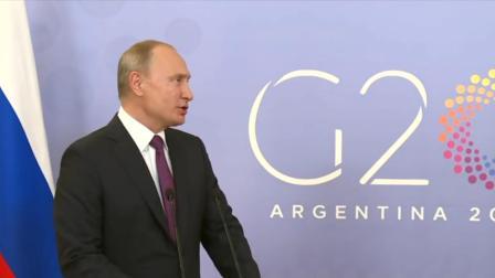 美国潜艇救出俄罗斯总统? 普京: 烂片!