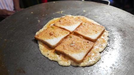 印度路边小吃 , 美味的面包煎蛋卷看起来有点脏